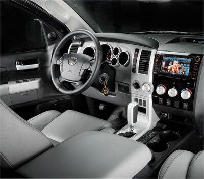 Салон Toyota Tundra: